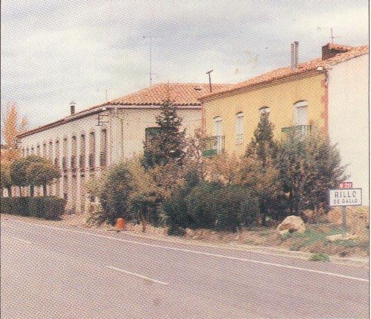 Pulsa para ver ampliada la entrada desde Molina (foto de 1990)