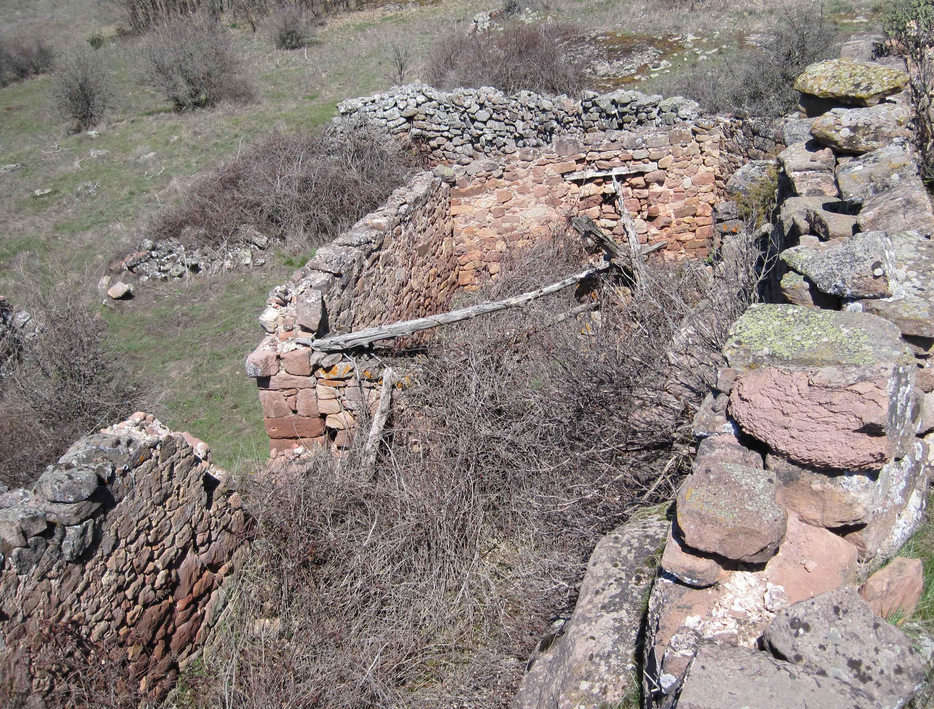 Pulsa aquí para las últimas piedras del poblado de Villacabras.